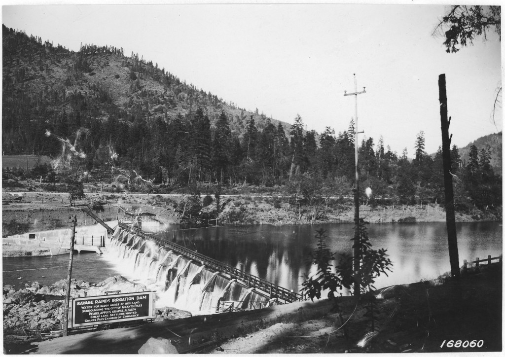 Savage Rapids Dam Grants Pass Oregon